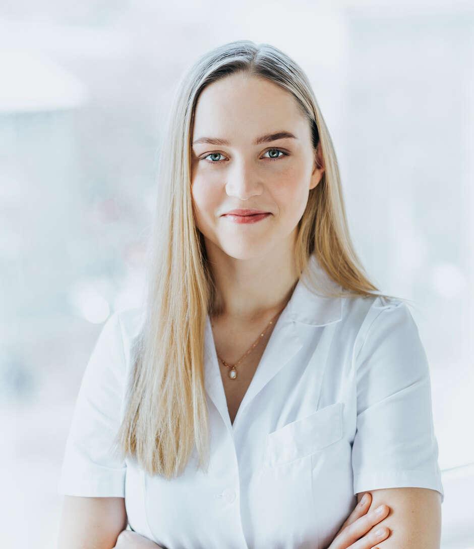 Dr. Minna Mari Lett